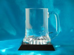 1/2 Pint Glass Tankard on Wooden Base